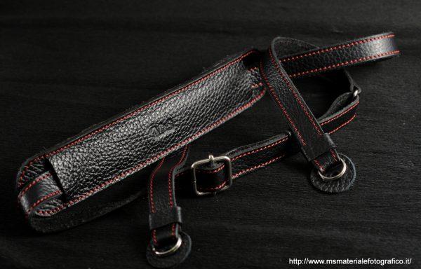 Tracolla regolabile in pelle M&S nera e rossa