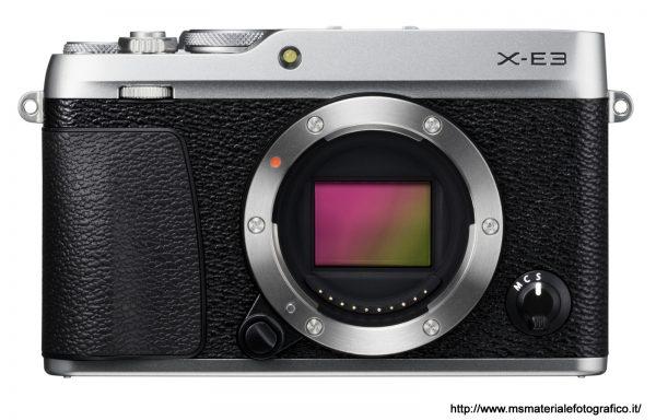 Fotocamera Fujifilm X-E3 Silver (solo corpo)