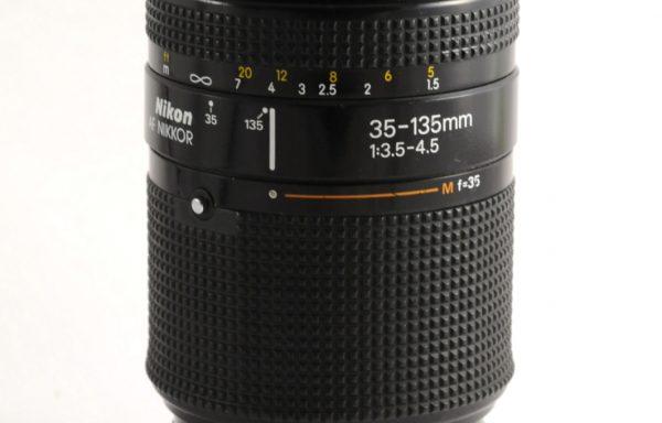 Obiettivo Nikkor AF 35-135mm f/3,5-4,5