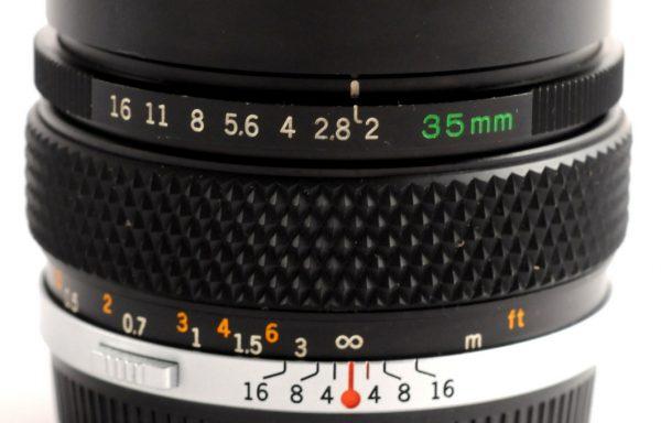 Obiettivo Olympus Auto-W 35mm f/2