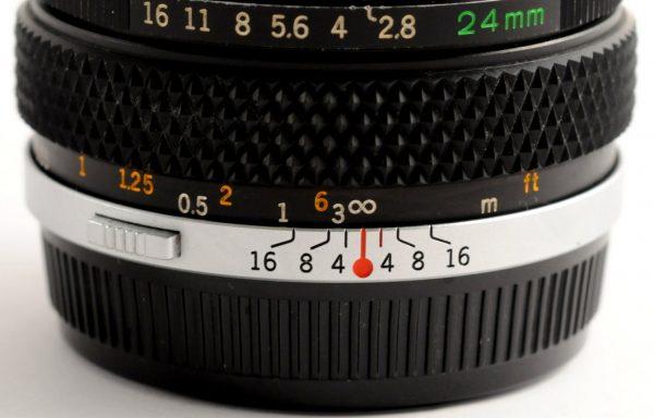 Obiettivo Olympus Auto-W 24mm f/2,8