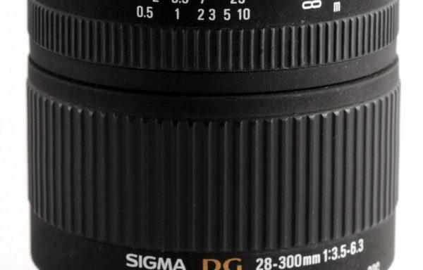 Obiettivo Sigma AF-D6 28-300mm f/3,5-6,3 per Nikon