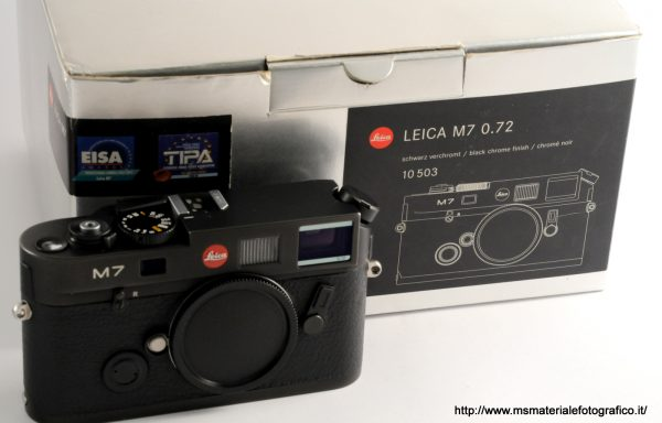 Fotocamera Leica M7 0.72 primo tipo Nera (2002)