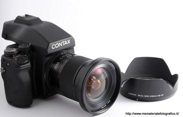 Kit fotocamera Contax 645 + Obiettivo Zeiss Distagon 35mm f/3,5 + Magazzino MFB1 + Paraluce + Dorso Polaroid