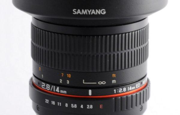 Obiettivo Samyang 14mm f/2,8 attacco E-mount