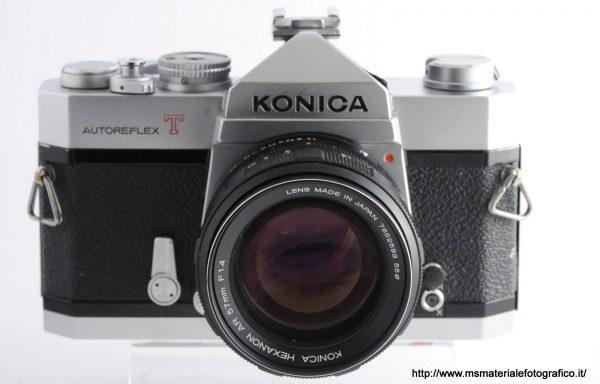Kit Fotocamera Konica Autoreflex T + Obiettivo Konica Hexanon 57mm f/1,4