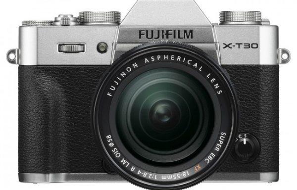 Kit Fotocamera Fujifilm X-T30 Silver + Obiettivo Fujinon XF 18-55mm f/2.8-4 R LM OIS