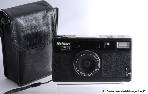 Fotocamera Nikon 28Ti