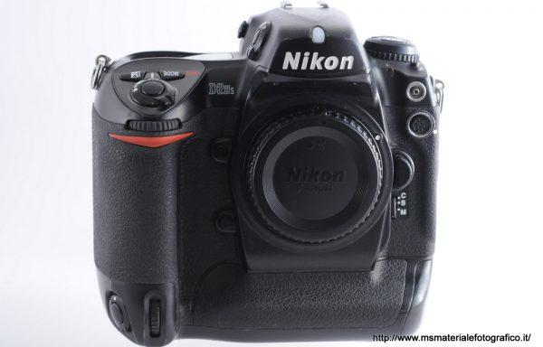 [Promozione] Fotocamera Nikon D2Hs (197803 scatti)