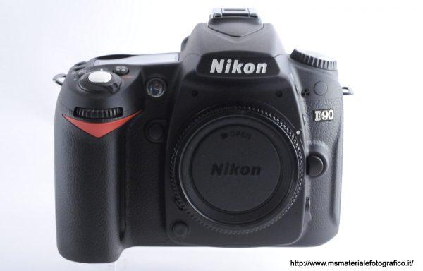 Fotocamera Nikon D90 (556 scatti)