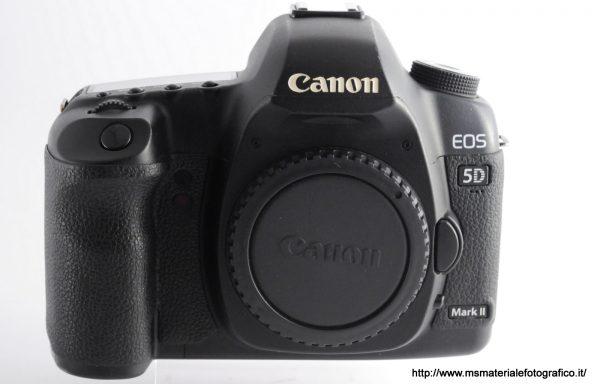 [Promozione] Fotocamera Canon EOS 5D Mark II (160000 scatti)