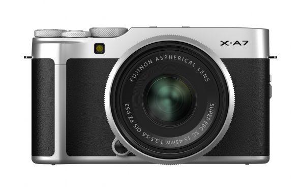 Kit Fotocamera Fujifilm X-A7 Silver + Obiettivo Fujifilm XC 15-45mm f/3,5-5,6 OIS