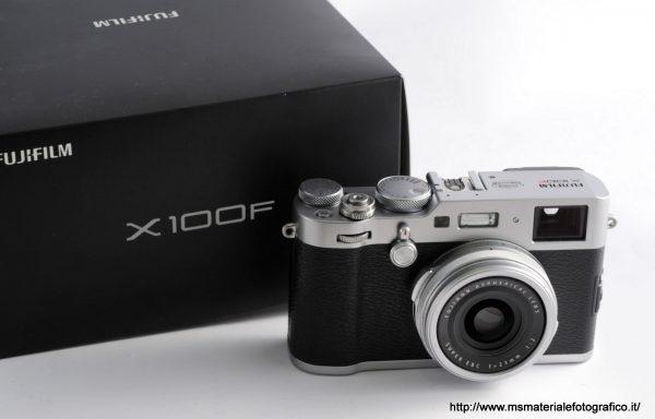 Fotocamera Fujifilm X100F Silver