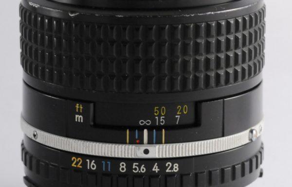 Obiettivo Nikon Series E 100mm f/2,8