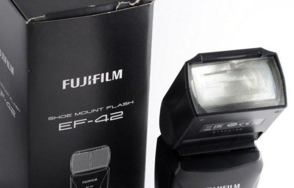 Flash Fujifilm EF-42