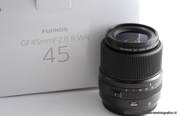 Obiettivo Fujifilm GF 45mm f/2,8 R WR
