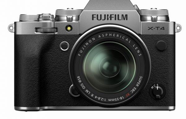[Promozione NUOVO] Kit Fotocamera Fujifilm X-T4 Silver + Obiettivo Fujifilm XF 18-55mm f/2,8-4 R LM OIS