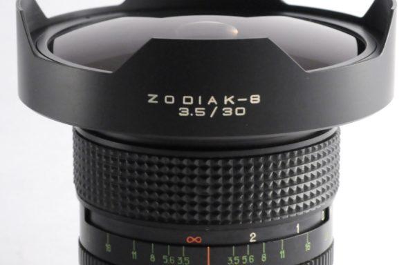 Obiettivo Zodiak-8 30mm f/3,5 per Pentacon
