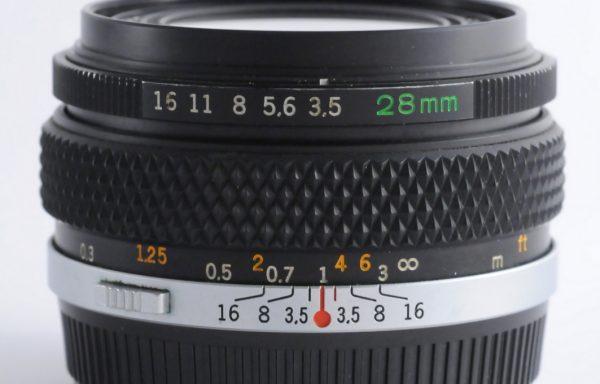 Obiettivo Olympus Auto-W 28mm f/3,5