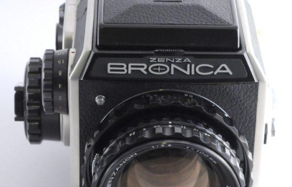 Kit Zenza Bronica EC + Obiettivo Zenzanon 100mm f/2,8 + Magazzino
