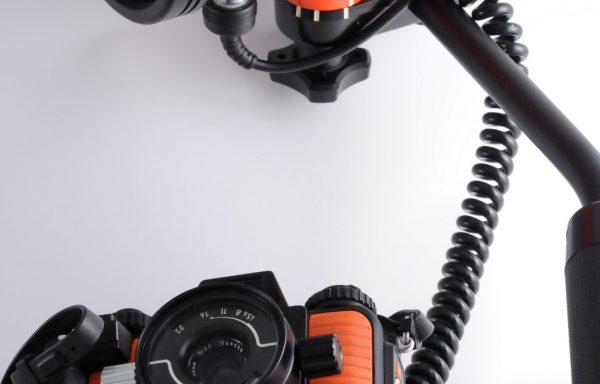[Promozione] Kit Fotocamera Nikonos V + Flash Nikonos SB 103