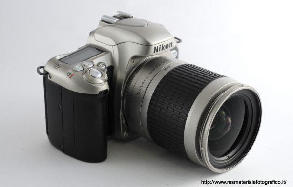 Kit Fotocamera Nikon F75 + Obiettivo Nikkor AF 28-100mm f/3,5-5,6 G