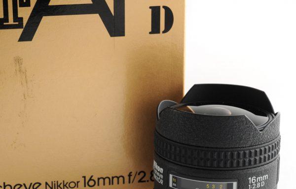 Obiettivo Nikkor AF Fisheye 16mm f/2,8 D
