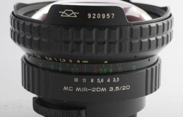 Obiettivo Mir-20M 20mm f/3,5 MC M42