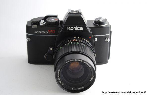 Kit Fotocamera Konica Autoreflex TC + Obiettivo Vivitar 35mm f/1,9