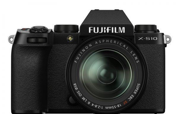 Kit Fotocamera Fujifilm X-S10 + Obiettivo Fujifilm XF 18-55mm f/2.8-4 R LM OIS