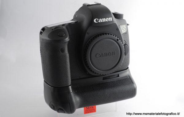 Fotocamera Canon EOS 6D + Battery Grip in omaggio