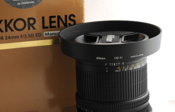 Obiettivo Nikkor PC-E 24mm f/3,5 ED N