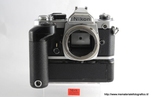 Kit Fotocamera Nikon FM + Motore Nikon MD2
