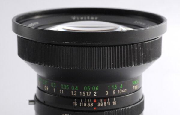 Obiettivo Vivitar 20mm f/3,8 per Konica