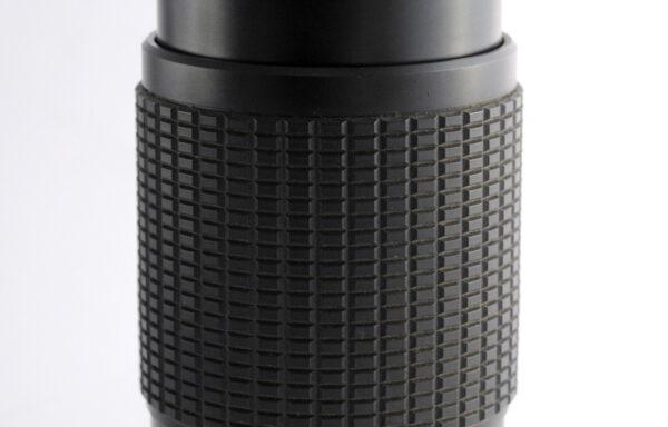 Obiettivo Sunagor MC 80-200mm f/4,5-5,5 per Nikon
