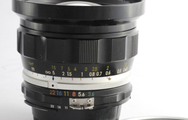 Obiettivo Nikkor-UD 20mm f/3,5 AI Factory