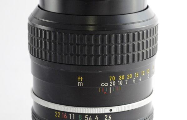 Obiettivo Nikkor AI 105mm f/2,5