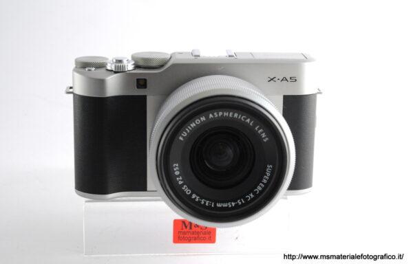 Kit Fotocamera Fujifilm X-A5 + Obiettivo Fujifilm XC 15-45mm f/3,5-5,6