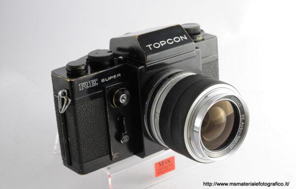 Kit Fotocamera Topcon RE Super + Obiettivo Topcon RE Auto-Topcor 3,5cm f/2,8
