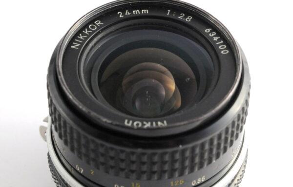 Obiettivo Nikkor AI 24mm f/2,8