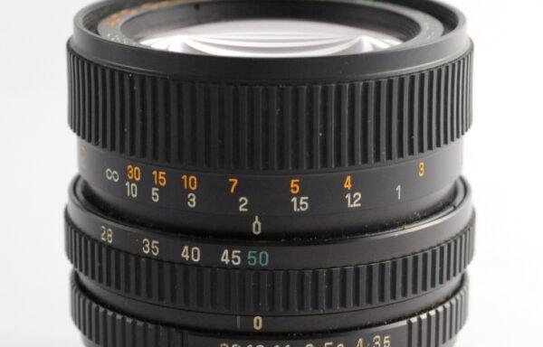 Obiettivo Chinon 28-50mm f/3,5-4,5 per Contax/Yashica