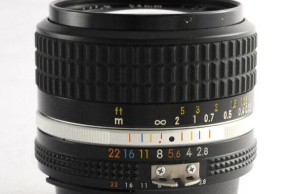 Obiettivo Nikkor AI-S 24mm f/2,8