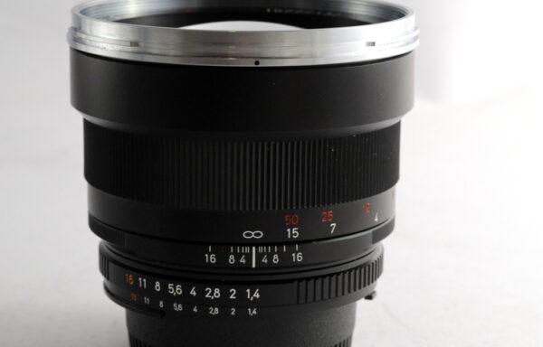 Obiettivo Carl Zeiss ZF2 Planar 85mm f/1,4 per Nikon