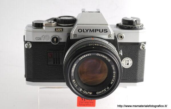 Kit Fotocamera Olympus OM10 + Obiettivo Olympus 50mm f/1,8