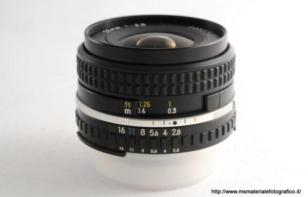 Obiettivo Nikkor Serie E 28mm f/2,8