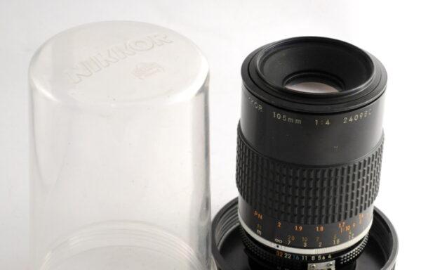 Obiettivo Micro-Nikkor AI-S 105mm f/4