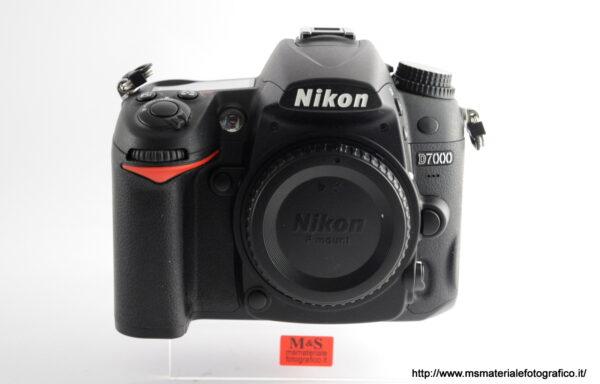 Fotocamera Nikon D7000 (4700 scatti)