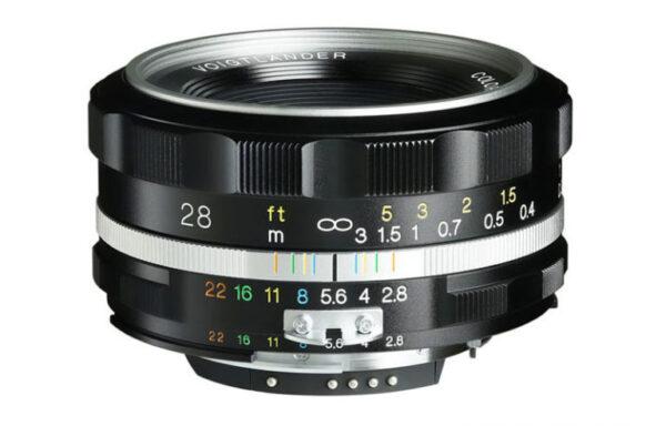 Obiettivo Voigtlander Color Skopar 28mm f/2,8 SL II S per Nikon AI-S (silver/nero)